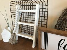 DIY Mini Ladder - Tea Towel Holder Small Ladder, Diy Ladder, Diy Blanket Ladder, Wooden Ladder, Ladder Decor, Farmhouse Style Decorating, Farmhouse Decor, Rustic Decor, Wood Projects For Beginners