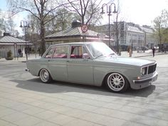 Sick, Stanced classic Volvo