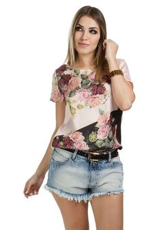 T-SHIRT ESTAMPA FLOR