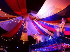 like the circus tent and lights