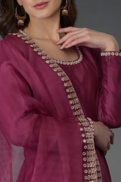 From our Indian Spring Collection, this Burgundy farshi palazzo suit is adorned with beautiful rose gold zardozi, gota patti and crystal hand embroidery. The kurta and farshi ( wide leg palazzo pants) are crafted in chanderi and the dupatta is cr Churidar Designs, Kurta Designs Women, Blouse Designs, Indian Designer Suits, Designer Salwar Suits, Designer Dresses, Designer Kurtis, Pakistani Fashion Casual, Pakistani Dresses Casual