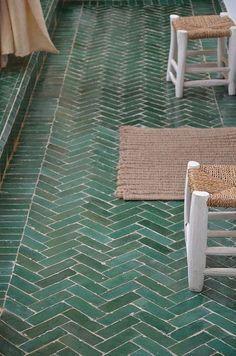 0f442f21c03c7e0be1573769b94b746d--green-tiles-green-tile-floor.jpg 236×356 pixels