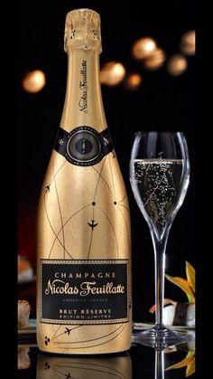 *Nicolas Feuillatte Champagne S✧s ReMix Whisky, Nicolas Feuillatte, Champagne Brands, Alcoholic Drinks, Cocktails, In Vino Veritas, Nouvel An, Wine Label, Sparkling Wine