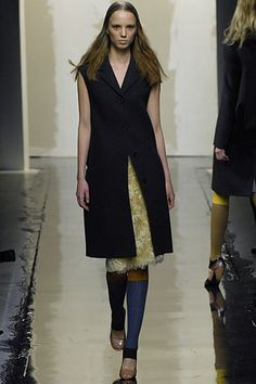 Prada Fall 2007 Ready-to-Wear - Collection - Gallery - Style.com