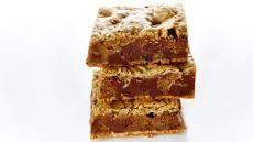 The Best Chunky, Chewy Blondies Recipe