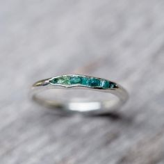 Emerald birthstone ring - Emerald Ring with Hidden Gems – Emerald birthstone ring Diamond Jewelry, Jewelry Rings, Silver Jewelry, Jewelry Accessories, Silver Rings, Jewelry Sets, Jewellery Earrings, Craft Jewelry, Kids Jewelry