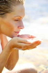 7 formas en que el ayuno intermitente activa tu metabolismo para quemar grasa