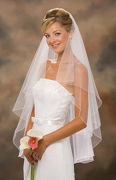 "30""x 36"" two-tiered circular veil"