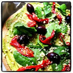 Vegan avocado cheese topping for pizza