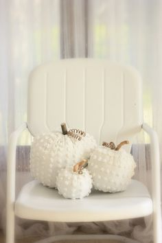 white chenille pumpkins -erin's art and gardens
