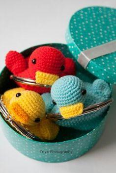 Sweet ducky wallet crochet