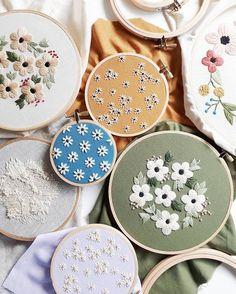 いいね!2,435件、コメント33件 ― Caitlin Bensonさん(@cinderandhoney)のInstagramアカウント: 「Stitching until my fingers fall off. Which one is your favorite? ❤」