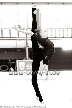 Olena DIACHENKO (Ukraine) ~ Warming Up, Ballet training Grand Prix Marbella-Spain 31/03 - 01-02/04/'17 ❤️❤️ Bernd Thierolf.