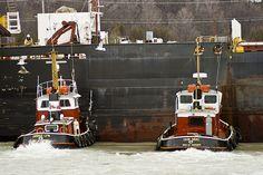Tugboats at work | Tug Boats at Work