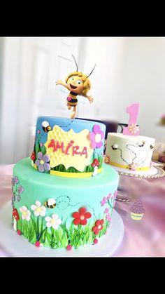 Maya The Bee Fondant Cake Maya, Fondant, Bee, Birthday Cake, Cakes, Desserts, Food, Fondant Icing, Birthday Cakes