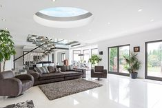 Our O-lite round rooflights offers an easy and stylish way to introduce more daylight into your home. Available in 3 sizes. Get a quote online or call now!