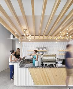Dropbox Offices – Austin offices of secure file sharing and storage company Dropbox located in Austin, Texas. Decoration Restaurant, Restaurant Interior Design, Modern Restaurant, Pub Decor, Modern Cafe, Cafe Interior Design, Cafe Design, Design Design, Architecture Restaurant
