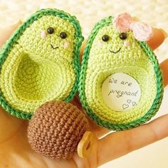 Most current Totally Free crochet amigurumi kawaii Thoughts Ich bin schwanger, neues Baby, neue Mütter, Avocado häkeln Dekoration, Liebhaber fühlte Geschenk Cactus En Crochet, Crochet Food, Crochet Gifts, Crochet Kawaii, Cute Crochet, Scarf Crochet, Baby Knitting Patterns, Amigurumi Patterns, Sewing