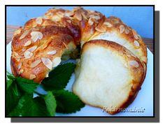 Sloní uši (s vanilkou, skořicí)/VYZKOUŠENO Bagel, Bread, Chicken, Baking, Sweet, Recipes, Basket, Candy, Brot
