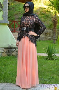 Turkish formal wear in black lace over pink chiffon (Sefamerve Abiye Elbiseler PDY 3260-01 Somon)