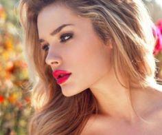 love the bright lips