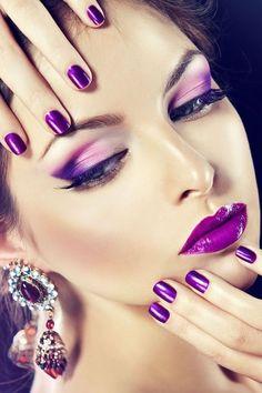 Make Up; Make Up Looks; Make Up Augen; Make Up Prom;Make Up Face; The Purple, Purple Stuff, All Things Purple, Purple Rain, Shades Of Purple, Lip Art, Lila Make-up, Purple Makeup, Super Nails