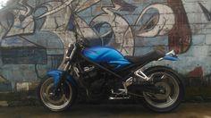 Suzuki bandit 400 vc blue matte
