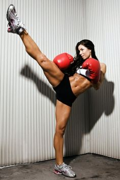 #kickboxing #cardio #fitfluential  can I look like this, PLEASE!!!