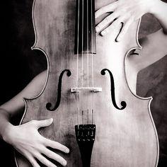Naked cello