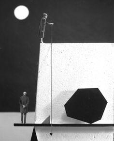 Gilbert Garcin, Géométrie conjugale (d'après Paul Klee)  Conjugal Geometry (after Paul Klee)