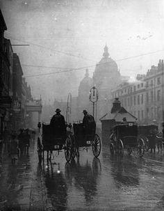 Rainy London 1890s.