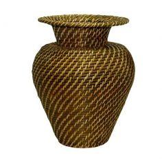 A decoração precisa expressar nosso gosto pessoal e, com o Rattan, você terá cestos, cachepots, vasos e outras peças que apresentam qualidade e charme, enriquecendo o visual do seu ambiente. http://www.westwing.com.br/rattan/