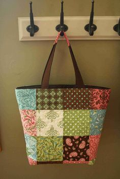 patchwork bag by crazymomquilts, via Flickr