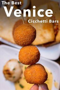 Read our Venice Cicchetti Guide to discover the best Cicchetti bars in Venice. | Venice | Italy | Chicchetti | Best Cicchetti in Venice | Venice Cicchetti | Venice Bars | Bars in Venice | Venice Cicchetti Bars | Italian Food | Italian Wine