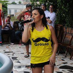 """Fenômeno MC Marcelly chama Rodrigo Faro de """"bigode grosso"""". Entenda! http://r7.com/cJAr #OMelhorDoBrasil"""