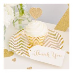 decoration fete anniversaire, nouvel an, baby shower chevron or - decoration for birthday, new year, baby shower chevron gold