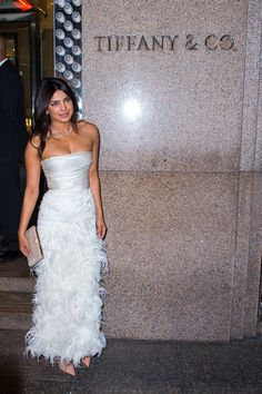 Bride-to-be Priyanka Chopra celebrated her impending nuptials to Nick Jonas with a party at Tiffany's Blue Box Cafe in New York City. Kim Kardashian Wedding Dress, Celebrity Wedding Dresses, Wedding Party Dresses, Bridal Shower Dresses, Wedding Attire, Priyanka Chopra Wedding, Wedding Dress Pictures, Frack, Glamour