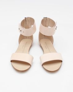 I love simple nude leather sandals for summer.  They add style and trick the eye.