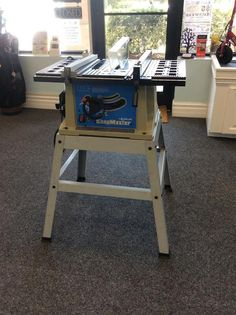 "DELTA SM200L Shopmaster 13 Amp 10"" Inch Bench top Table Saw with Stand 4,700 RPM. SOLD"
