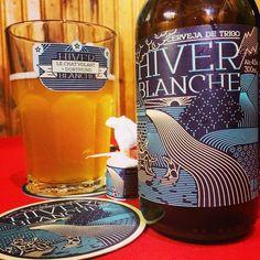Cerveja Hiver Blanche, estilo Witbier, produzida por Cervejaria Dortmund, Brasil. 4.5% ABV de álcool.
