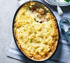 Creamy tarragon chicken & potato bake