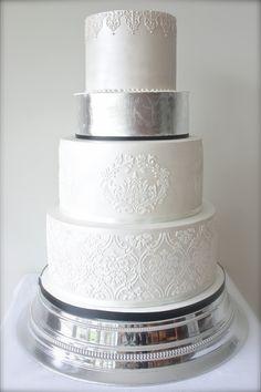 Sugary Occasions / 2015 Wedding Cake