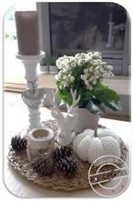 gratis haak patroon. Foto geplaatst door annemieke053 op Welke.nl Baby Slippers, Diys, Candle Holders, Barbie, Candles, Table Decorations, Crochet, Fall, Crafts