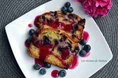 Cake aux myrtilles et son coulis : la recette facile