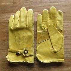Corazzo Cordero Motorcycle Gloves Biker Gloves, Motorcycle Gloves, Leather Gloves, Leather Jacket, Camping Style, Camping Gear, Motorcycle Camping, Driving Gloves, Warm Outfits