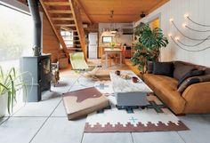天井の高さ問題 | BESSTYRO Log Homes, My House, Bess, Interior Decorating, Living Room, Architecture, Building, Table, Furniture
