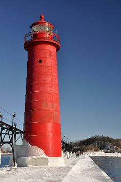 Grand Haven Lighthouse & Pier