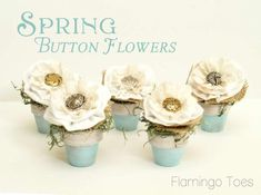The V Spot: Making Spring Button Flowers with Bev from Flamingo Toes.