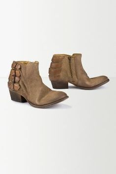 Winding Crossover Boots