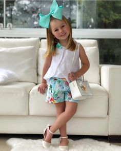 Outfits Niños, Kids Outfits, Frocks For Girls, Girls Dresses, Toddler Fashion, Kids Fashion, Cute Little Girls Outfits, Girls Boutique, Baby Wearing